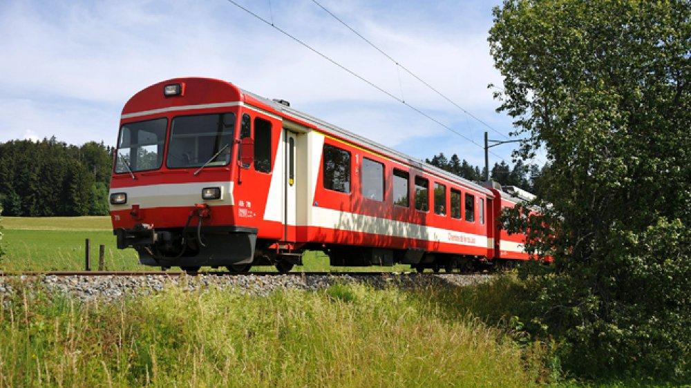 Actuellement, les Neuchâtelois voulant se rendre à Delémont doivent changer à Glovelier.