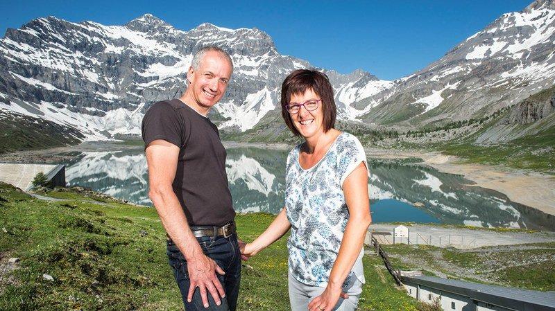 Nicolas et Fabienne Marclay, les deux tenanciers de l'Auberge, passent tous leurs étés à Salanfe depuis vingt ans.